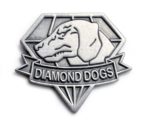 diamond_dogs_metal_gear_5_phantom_pain_big_boss_fox_hound_pin_snake_1