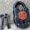 KW_kenworth_Lock_semi_antique