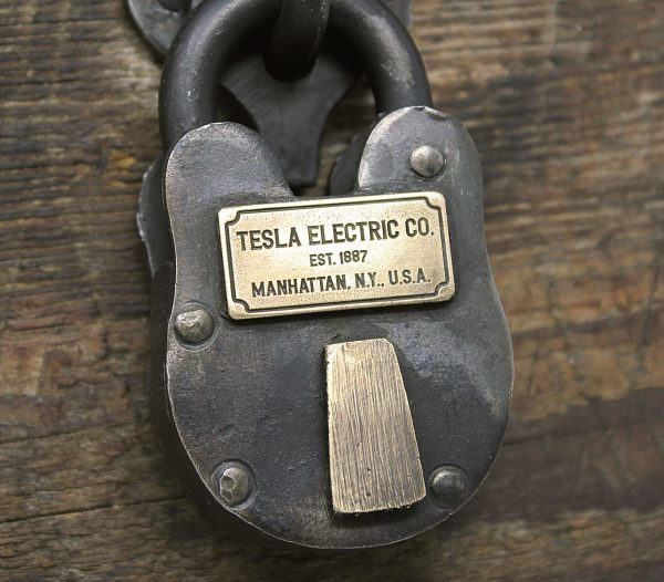 nikola_tesla_electric_antique_lock_ac_power_2